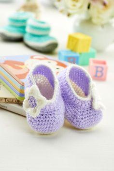 Crochet Bootees - free Pattern