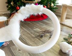 Snowy Owl Christmas Wreath DIY – Collectively Christine – The best ideas Diy Christmas Fireplace, Diy Christmas Snowflakes, Christmas Mesh Wreaths, Christmas Owls, Christmas Decorations, Christmas Ornaments, Winter Wreaths, Spring Wreaths, Summer Wreath