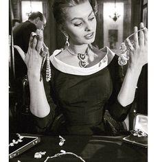 All day. Every day.  #girlboss  #internationalwomensday  . . . . .  #luxuryjewelry #highjewelry #finejewellery #diamondjewelry #vintagejewelry  #rosegoldlove #sopracollection #couture #jewelryaddict #lovering  #antiqueengagementrings #designerjewelry #argentolaraine #italiandesign #igjewels  #jewelryoftheday #showmeyourrings #cali #burlingtonvt #futureheirlooms #ringblings #vermont #dream #naturalbeauty #argentolarainefinejewelry