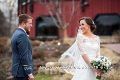 Photography Tips, Wedding Photography, Barn Wedding Photos, African Fashion, Weddings, Website, Wedding Dresses, Women, Style