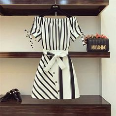 Cool black and white office dress Teen Fashion Outfits, Cute Fashion, Asian Fashion, Look Fashion, Girl Fashion, Womens Fashion, Fashion Drawing Dresses, Fashion Dresses, Ropa Upcycling