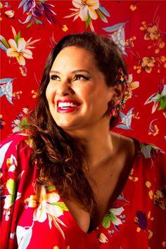 No dia 20, às 19h30, a cantora amapaense Emília Monteiro realiza um pocket show, na livraria Fnac do Park Shopping, com entrada Catraca Livre.
