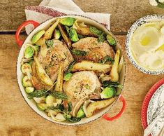 Vepřové na hruškách srůžičkovou kapustou   Recepty Albert Meat, Chicken, Food, Essen, Meals, Yemek, Eten, Cubs