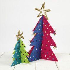 Kerstbomen en Dieren uit Dik Vilt  http://www.bijviltenzo.nl/a-27291113/gratis-vilt-patronen/zmp-kerstbomen-van-dik-vilt/