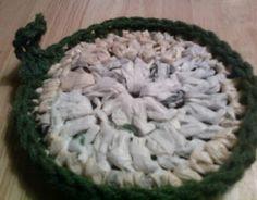 Crochet With Cris: Plarn 'n Yarn Pot Scrubber [Pattern]