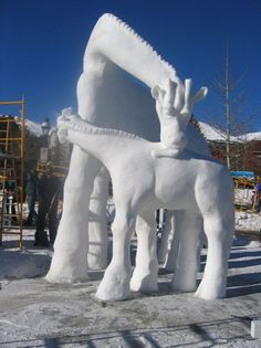 All nature in the world from kaku: Amazing Art of Snow Sculpture Winter Wonder, Winter Fun, Winter Snow, Snow Sculptures, Sculpture Art, Wassily Kandinsky, Quebec Winter Carnival, Ice Art, Ice Castles