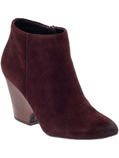 Kenneth Cole Booties. Need a new fall boot!