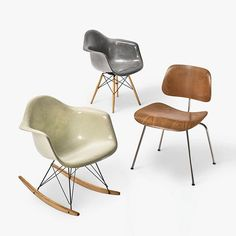 A triad of Eames classics, all of which are still in production. #mcmdaily #charlesandrayeames #eames #hermanmiller mcmdaily.com