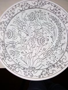 Stencil, Fashion Illustration Sketches, Turkish Art, Islamic Art, Art And Architecture, Different Styles, Line Art, Decorative Plates, Workshop