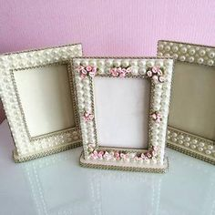 Resultado de imagem para porta pincel em mdf decorado Diy Arts And Crafts, Crafts To Sell, Diy Crafts, Handmade Decorations, Handmade Crafts, Picture Frame Decor, Decorate Notebook, Shabby Chic Crafts, Frame Crafts