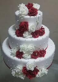 Resultado de imagen para bolos cenográficos para casamento com flores