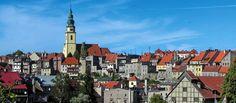 Bystrzyca Kłodzka to kolejny ważny punkt na mapie Kotliny Kłodzkiej i polecany wszystkim planującym wypoczynek w Stroniu Śląskim. Czuć średniowieczny klimat miasta, które było w posiadaniu także Czech i dynastii Habsburgów. Więcej o mieście dowiecie się z http://diananoclegi.pl/bystrzyca-klodzka-noclegi-atrakcje