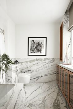 If your bathroom is small and you need to make it even more functional, use creativity in regards to the layout. A transitional bathroom becomes a spa-like location where you're able to escape to, but minus the inconvenience and expense. A tranquil marble bathroom doesn't have to be spacious to look after your every need. It has plenty storage solutions within this black marble bathroom, and clearly, it's all without. #Luxury #Marble #Bathroom #Black #Inspiration #Spa #Creativity #Functional