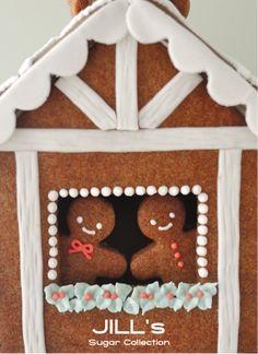 gingerbreadhouse2014.png 400×550 pixels