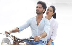 Kabir Singh box office collection Day 7 - Shahid Kapoor and Kiara Advani starrer is dominating the Indian box office. The film, which is a remake of the Vijay Deverakonda starrer Telugu hit - 'A Bollywood Images, Bollywood Actors, Bollywood Celebrities, Bollywood Fashion, Cute Cartoon Pictures, Cute Love Cartoons, Wedding Couple Poses, Couple Posing, Famous Pairs
