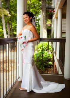 The Third Story Tower will provide a grat stage to show the world how beautiful your dress is! For more information, visit http://www.irisinn.com/weddings.html  #BnB #VA #Virginia #Wedding #Bride