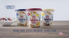 Yoghurt passer til frokost, lunsj og kvelds - eller bare som et mellommåltid når du vil ha litt ekstra påfyll. Og du trenger ingen oppskrift for å...