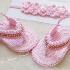 Crochet Baby Shoes, Crochet Clothes, Dainty Bracelets, Doll Shoes, Crochet Accessories, Baby Patterns, Free Pattern, Crochet Earrings, Booty