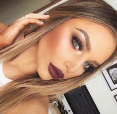Most popular tags for this image include: makeup, beauty, lips, blonde and eyebrows