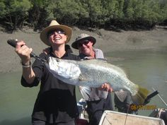 Owners of the Great Escape Charter Company show us how to catch a barra!
