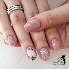 Pink is an indispensable favorite color for girls. Whether it is an girl or a younger intellectual sister, the pink charm is unst. Romantic Nails, Casino Cakes, Womens Fashion For Work, Short Nails, You Nailed It, Nail Colors, Nail Art Designs, Nail Polish, Tattoos