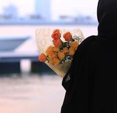 Image in The beauty of Hijab collection by Jannat 👑 Stylish Hijab, Modest Fashion Hijab, Cute Muslim Couples, Muslim Girls, Hijabi Girl, Girl Hijab, Hijab Hipster, Islam Women, Muslim Beauty