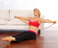 Got time to watch TV? Then you have time to tighten and tone with our eight easy flab-fighting moves. Couch Workout, Fighting Moves, Alison Sweeney, Fit Board Workouts, Band Workouts, Resistance Band Exercises, Fitness Magazine, Health Fitness, Workout Fitness