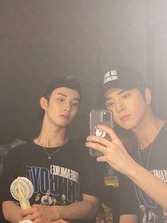 The boyz Q & Younghoon Changmin The Boyz, Kim Young, Hyun Jae, Chang Min, Comme Des Garcons, Ulzzang Boy, Kpop Boy, Kpop Groups, Handsome Boys