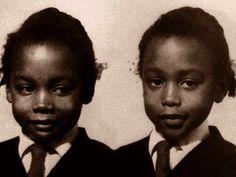 İkizler 14 yaşına geldiğinde, bu insanlarla iletişmeme sorununu sonlandırmak için aileleri kendilerince bir çözüm geliştirmişler.