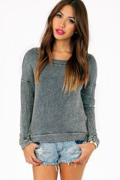 Sweater, jeans xo
