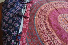 Mexicali DIY: How to Make a Reversible Duvet Cover out of Tapestry Wall Hangings.