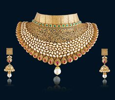 Collection of latest gold necklace designs by Hazoorilal Jewellers. Visit today at our greater Kailash store to experience the best in class gold necklace designs. Gold Bridal Jewellery Sets, Indian Wedding Jewelry, Gold Jewellery Design, Indian Jewelry, Gold Jewelry, Gold Necklaces, Jewelry Shop, Fashion Jewelry, Jewelry Making