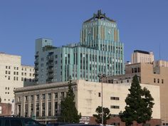 853px-LA_Eastern_Columbia_Building.jpg (853×640)