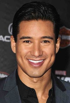 We watched Mario Lopez grow up. He has swag but I think he knows it. I personally like his million dollar smile and those dimples. Actors Male, Hot Actors, Latino Actors, San Diego, Mario, Latin Men, Boys And Girls Club, Richard Gere, Wrestling