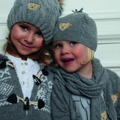 Modayı klasik stillerle beğeninize sunan Steiff koleksiyonu aynı çocuklarımız gibi benzersiz :) Steiff tüm S&D Mağazaları'nda!