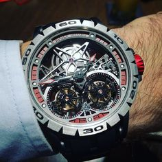 Was ist besser als ein Tourbillon? zwei Tourbillons! / What's better than a tourbillon? two tourbillons! @roger_dubuis #excalibur Spider Skeleton Double #flyingtourbillon #tourbillon #tourbillon_watches #tourbillontuesday #doubletourbillon #rogerdubuis #wotd #watch #watches #watchnerd #watchgeek #watchgeeks #watchcandy #watchporn #watchtimenet #watchesofinstagram #lovewatches #instawatch #instawatches #luxury #luxurylife #luxurylifestyle #luxurywatch #luxusuhr #blingbling by watchtime.net