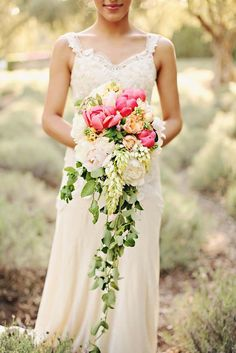 18 Gorgeous Cascading Wedding Bouquets ❤ See more: http://www.weddingforward.com/cascading-wedding-bouquets/ #wedding #bride