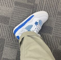 Sneakers Fashion, Shoes Sneakers, Shoes Heels, Your Shoes, New Shoes, Nike Air Shoes, Aesthetic Shoes, Hype Shoes, Fresh Shoes