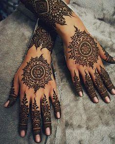 Ideas Wedding Ideas Indian Mehndi Mehendi For 2019 Easy Mehndi Designs, Henna Hand Designs, Latest Mehndi Designs, Bridal Mehndi Designs, Indian Henna Designs, Mehndi Design Photos, Beautiful Mehndi Design, Mehndi Designs For Hands, Henna Tattoo Designs