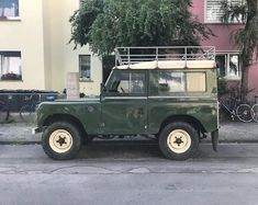 """1,375 Likes, 4 Comments - @landroverphotoalbum on Instagram: """"Classic lines By @parkedindarmstadt #SeriesIII #Serieslandrover #landroverphotoalbum"""""""