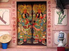 Bangkok Chinese Doors
