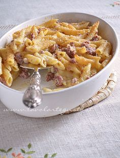 Baked bechamel and sausage pasta - Recipe Polenta, Al Forno Recipe, Crepes, Sausage Pasta Recipes, Cooking Recipes, Healthy Recipes, Homemade Pasta, I Love Food, Soul Food