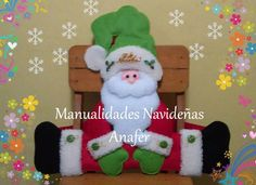 Para decorar tus sillas en esta Navidad. Nuevos modelos: Nieve, Renito, Noela, Santa, Pinguino y Jengibre.   Elaborados en paño lency y cosi... Christmas Fun, Christmas Decorations, Christmas Ornaments, Holiday Decor, Polymer Clay Ornaments, Christmas Stockings, Santa, Teddy Bear, Toys