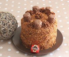 Papilles on/off: Layer cake chocolat praliné et pralin façon Rocher Suchard au thermomix ou sans