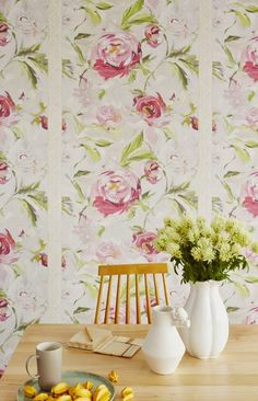 Yellow house on the beach: recycling, vintage and wallpapers - Beautiful wallpapers from Eijffinger's Muse