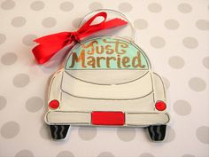 Just Married Car Ornament, painted wood,personalized,hand painted,Christmas ornament,newlywed,wedding ornament,wood, bride,gift,just married