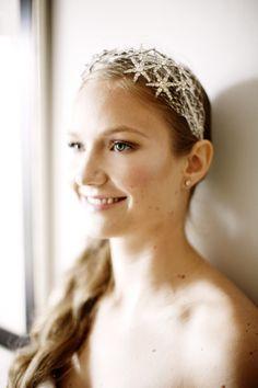 SO BEAUTIFUL - Headpiece: Jennifer Behr - Delicious Wedding Dinner Inspiration from Belatheé - via snippetandink