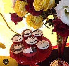 Charlie Brown cupcakes by Cupcakesdabianca