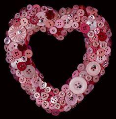 Pink & Red Button Heart Wreath. Valentine's # Wedding favour# Favor #recycled #upcycled #DIY Has several button craft ideas +++ CORONA  en forma de corazon forrada de botones color rosa y rojos DIY reciclar reutilizar romantico San Valentin Boda recuerdo regalo Ademas mas ideas para hacer con botones