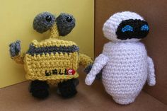 WALL-E and Eve-- Now with patterns! - CROCHET